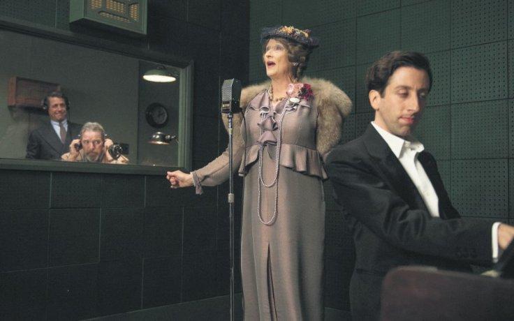 Meryl Streep i Simon Helberg w filmie Boska Florence