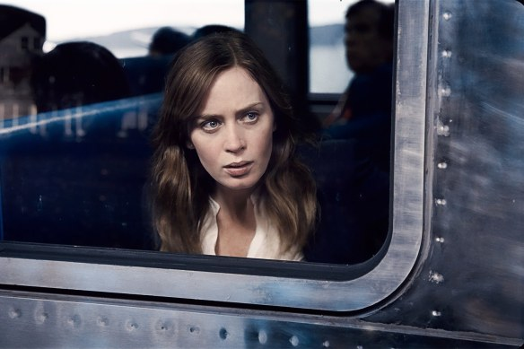 emily-blunt-girl-on-the-train